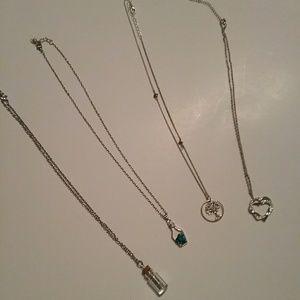Jewelry - Bundle of Women's Necklaces (4)